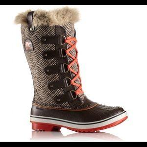 Tofino by Sorel Winter Boots in Herringbone - 7.5